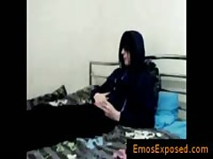 Juvenile Homosexual Goth Masturbating His Penetrator On Bed By Emosexposed